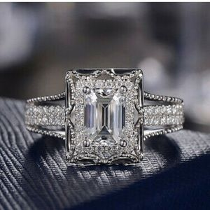 New 925 Sterling silver diamond stone ring